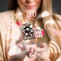 Nouveaux comportements des consommateurs - Message In A Window