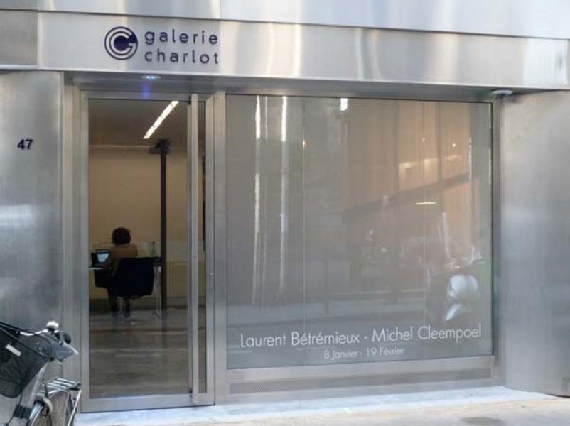 Vitrine Galerie Charlot - Paris